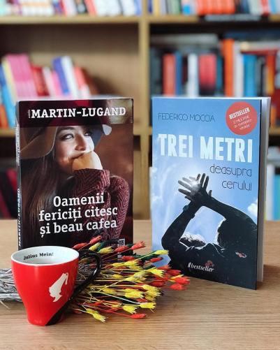 oamenii-fericiti-citesc-si-beau-cafea